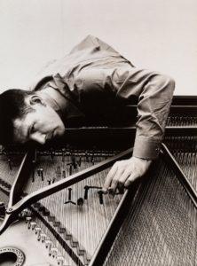 John Cage piano preparato
